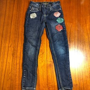 Vigoss skinny jeans with roses